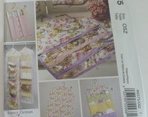 Jewelry and Garment Organizers, Bags, Gift Wrap, Handbag, Shoe UNCUT McCalls Pattern M6375
