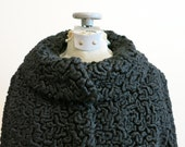 Persian Lamb coat black curly wool cropped jacket Peter Pan collar1950s vintage M