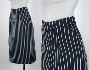 Vintage 80s Skirt / 1980s Black and White Twill Pinstripe Pencil Skirt S M
