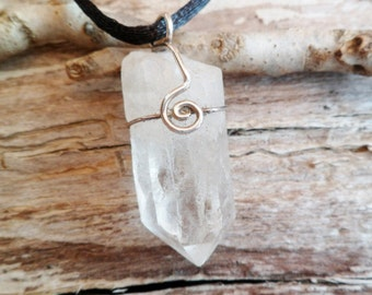 Quartz Point Pendant. Natural Quartz Point And Sterling Silver Necklace. Quartz Properties. Pendulum. Rough Stone.