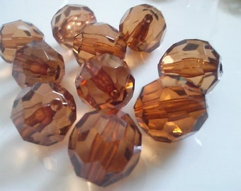 40 Pieces  Large Clear Faceted  Round 15 mm Light Brown Lucite Acrylic Beads