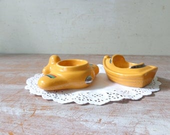VIntage Pair of Honiton Egg Cups - Aeroplane and Boat