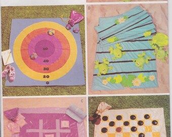 Fabric Games Pattern Tic Tac Toe Checkers Target Frog Picnic Games Park Family Reunion Uncut  Butterick 3486