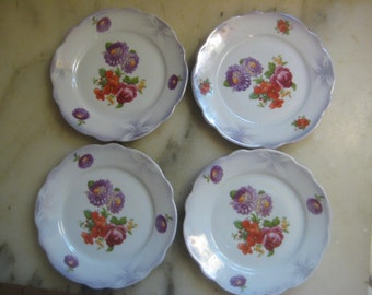 "Antique Tea/Dessert Plates, ca. 1910s Round White Porcelain with Bright Floral Design, Schwarzenhammer, Bavaria, 6"", 4 pcs."