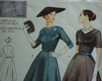 Vogue Vintage 2268 - sz 22 - Sewing Pattern - MCM Style