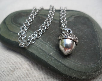 Silver Acorn Necklace - Silver Acorn Pendant - Silver Acorn Jewelry