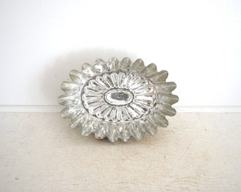 Vintage Bundt Pan - Metal Bundt Pan