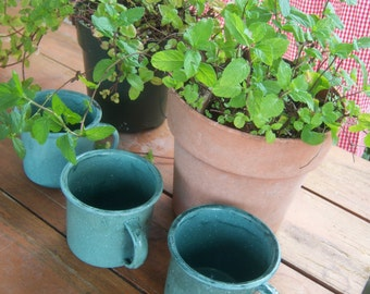 On Sale Vintage Enamelware Blue Green Splatter Coffee Cups Set Camp Picnic Summer Coffee Tea Lovers 4 Cup