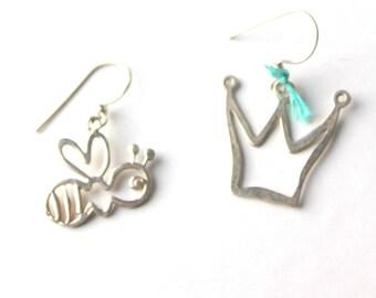 queen bee earrings- crown princess jewelry- silver bee earrings- asymmetric earrings- turquoise silver- fairy tale earrings- woodland animal