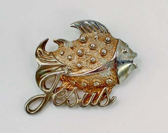 Vintage Silvertone Fish Jesus Religious Christian Animal Silver Tone Brooch Pin with PATINA