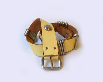 Vintage retro pale yellow leather belt with chunky silver details, retro yellow belt, 1970s fashion
