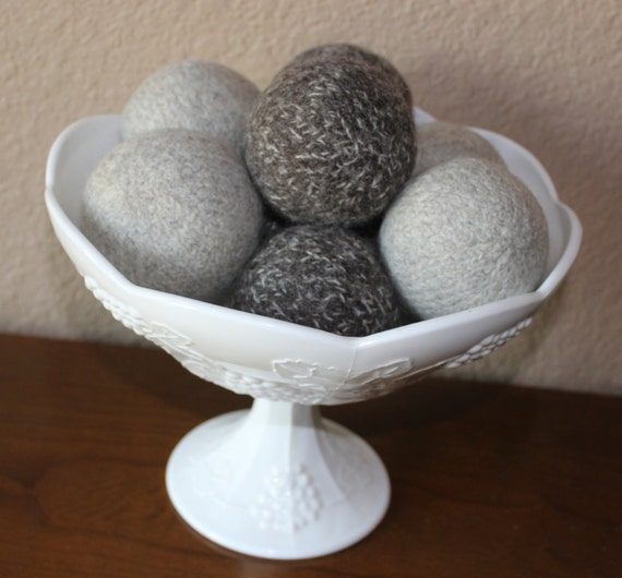 Hand-knit wool dryer balls Set of 4