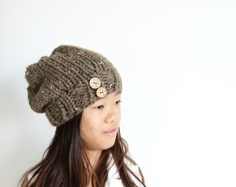 Knit Chunky Slouch  Hat in Barley/THE SNOWBOUND