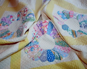 Vintage All Handmade Dresden Plate Quilt Flour Feed Grain Sack Fabric Yellow Twin Full Queen Floral REDUCED