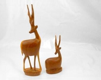 Vintage hand carved wood gazelle made in Kenya wooden gazelle primitive native art African art wood grain hand carved antelope