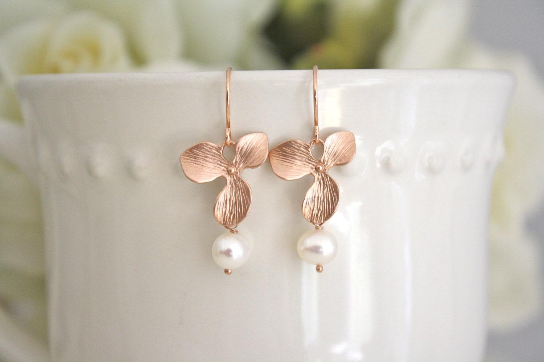 Contemporary pearl earrings : Modern pearl earrings rose gold wedding