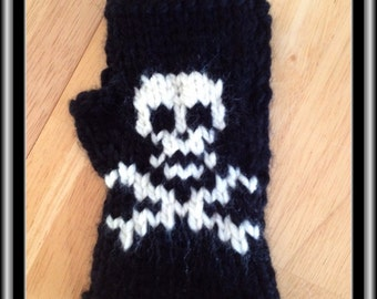 Fingerless Gloves - Skulls!