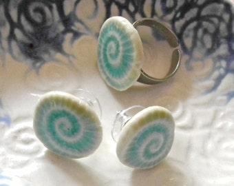 Aqua Ocean Ring and Earring set, spiral stud, crackled aqua, beach earrings, beach ring, ammonite earrings, turquoise, beach jewelry
