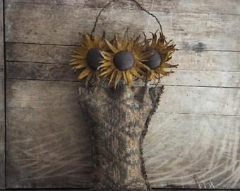 Primitive Black Eyed Susan Flower Pocket Cupboard Door Hanger Country Rustic Decor