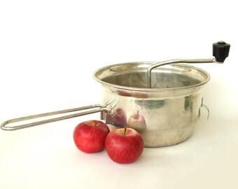 Large Foley Food Mill 3.5 Qt Vintage Applesauce Grinder Colander Sieve Organic Baby Food Maker