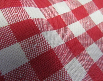 Vintage  Red and White Check Fabric, Vintage Material, Vintage Fabric, Vintage  Cotton Fabric, Vintage Textiles, Vintage Pillow Case