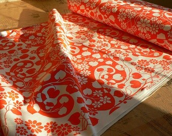Home Furnishing 1970s Coral Pink Fabric. Sundour Ascoli Cotton Fabric. Length 1m Cut from Bolt