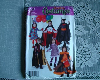 OOP Simplicity Costumes Child Sewing Pattern 0207 size 3 - 8 Uncut