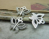 50pcs 15x19mm The Butterfly  Silver White Retro Pendant Charm For necklace Jewelry /Pendants C7627