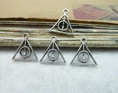 100pcs 12x13mm The Harry Potter Silver White Retro Pendant Charm For necklace Jewelry /Pendants C7831