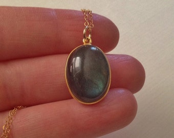 Oval Labradorite Necklace in Gold -Large Labradorite Pendant Necklace in Gold