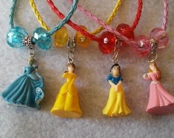 Pretty Princess Necklace. 4 Options: Cinderella, Belle, Snow White, Aurora.