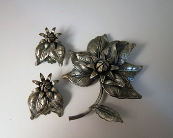 Vintage 1960s Botticelli Floral Brooch and Earrings