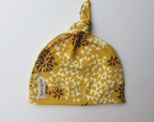 Organic baby knotted hat- mustard yellow flowers
