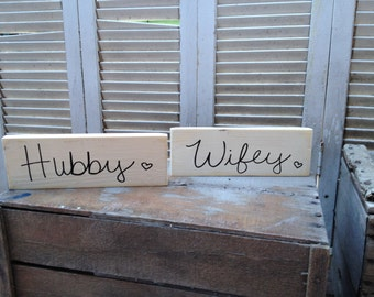 Rustic Ivory and Black Hubby and Wifey Wedding Sign Set, Wooden Reception Sign Set, Ivory Wedding Sign Decor