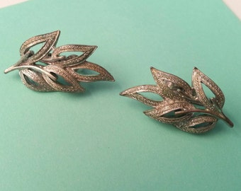 Vintage Coro earrings clip on silver leaf branch leaves signed midcentury nature