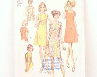 1970s Simplicity 8882 // a line dress