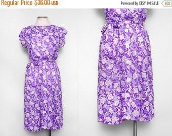 SALE Vintage 70s Purple Floral Day Dress / Small Medium