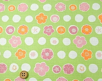 Japanese Fabric : Blossoms and Circles - 1/4 Yard