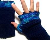 Fingerless gloves easy care Crocheted gauntlets Blue tweed Navy blue Musicians gloves CG03