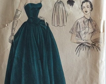 Vogue Special Design Vintage Sewing Pattern #4048 Strapless Ball Evening Gown w/ Shoulder Capelet ©1951