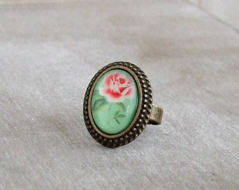 Green Rose Ring .. cameo ring, green ring, small ring, cottage chic ring
