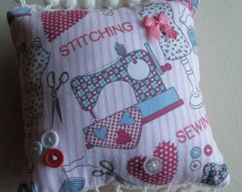 Pretty  Pincushion / Pin cushion  (2)