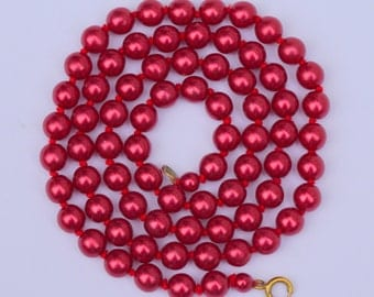 Christmas Red Bead Necklace - Vintage Red Glass Bead Necklace with Pearlized Red Finish