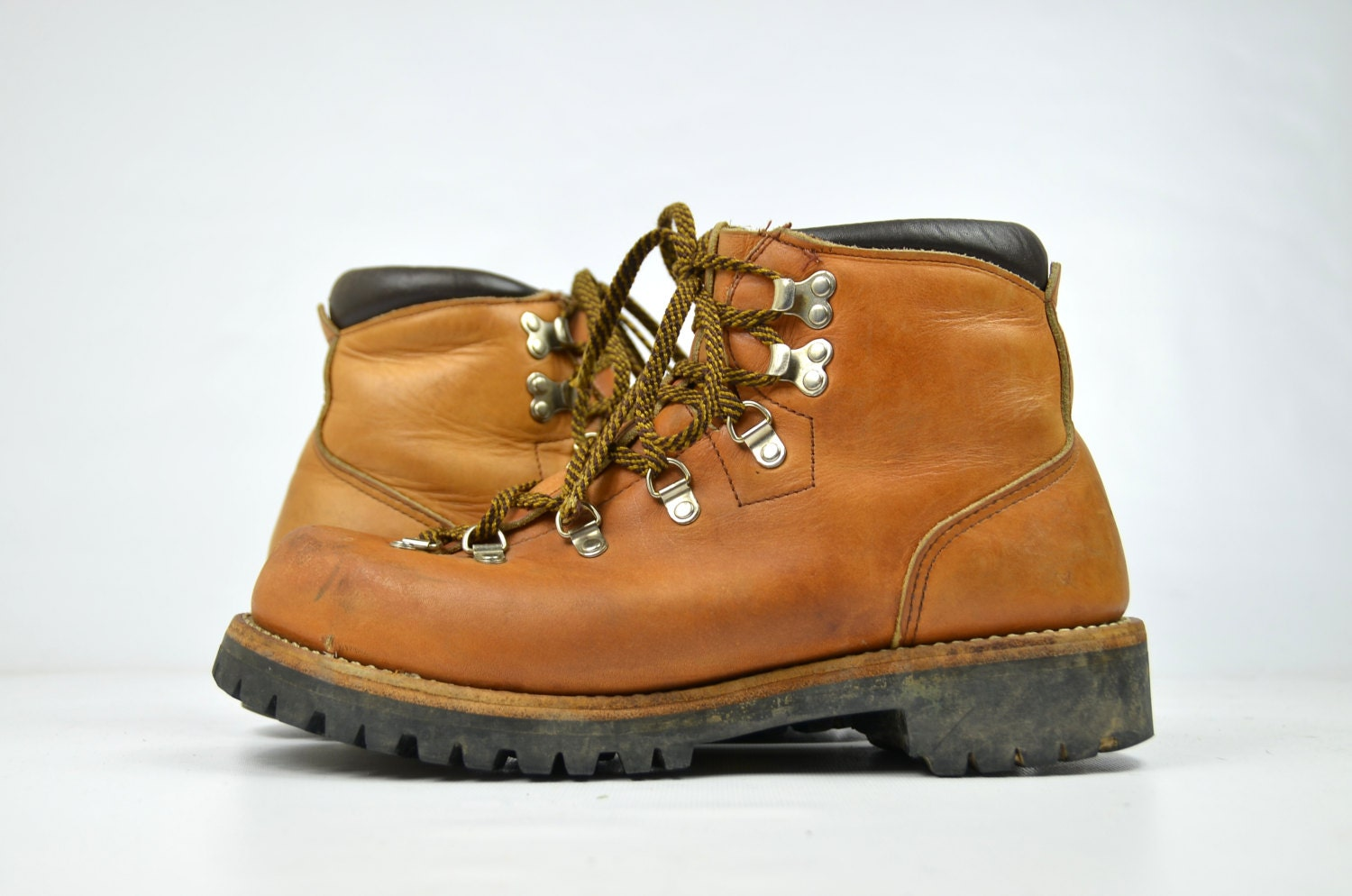 Red wing hiking boots yu boots for Vasque zephyr