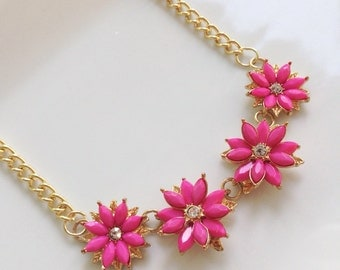 Pink Daisy Necklace Gold Rhinestone Sweet Petite Flower Necklace