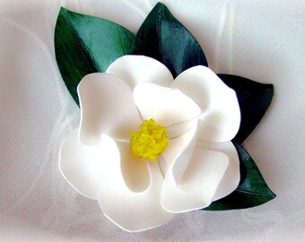 Magnolia Pin