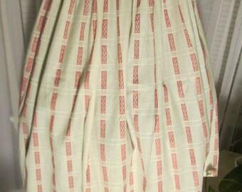 1950's Ladies Full Red/White/Black Print COTTON SKIRT---no label---dead stock