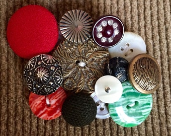 Vintage BUTTONS Pin BROOCH