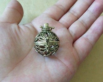 2pcs Antique bronze hollow out  (copper) box charm pendant  29mmx31mm