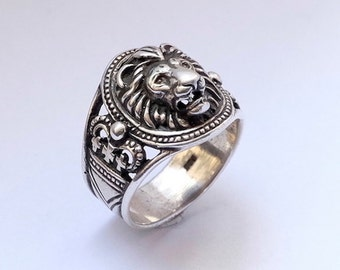Lion head ring, Lion head ring for man, Ring for man, Animals ring, Bikers ring, silver ring for man, lion ring, Jangle ring.